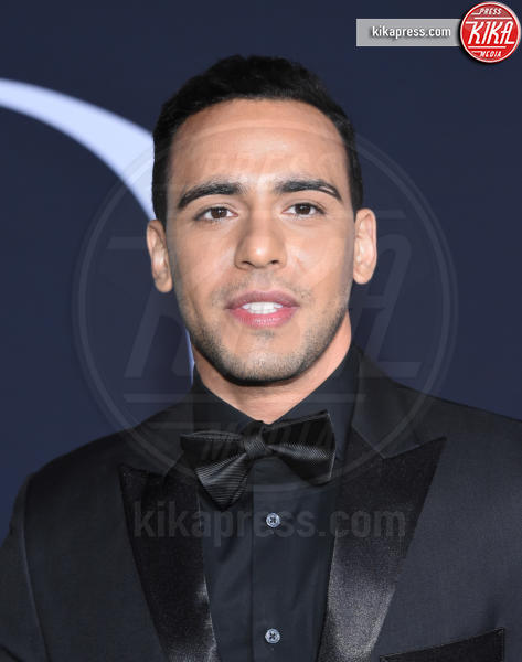 Victor Rasuk - Los Angeles - 02-02-2017 - 50 sfumature di nero: perse nella scollatura di Dakota Johnson