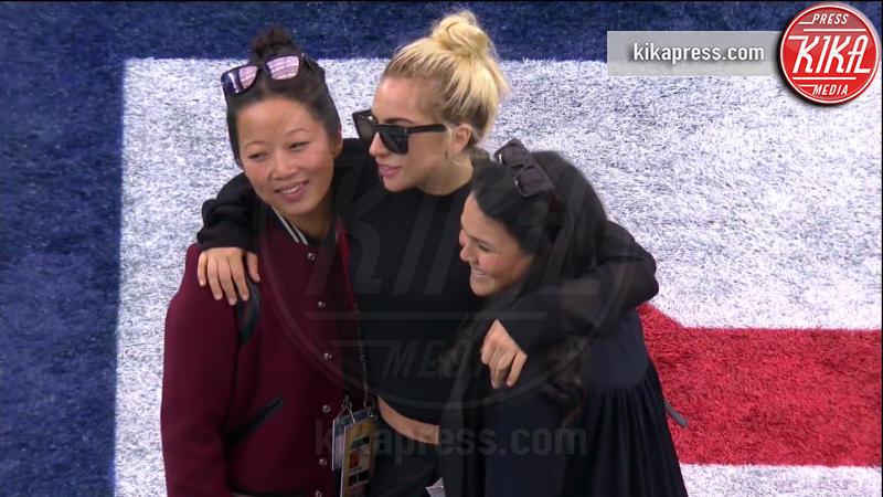 Lady Gaga - 06-02-2017 - Super Bowl: da Emily a Gisele Bundchen, show anche sugli spalti
