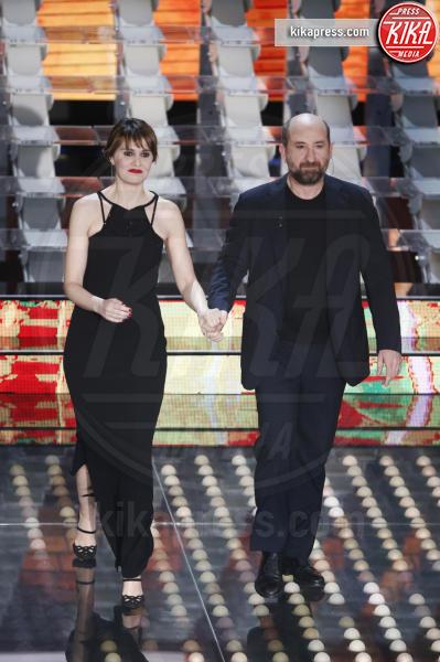 Paola Cortellesi, Antonio Albanese - Sanremo - 07-02-2017 - Sanremo 2017: le foto della prima serata