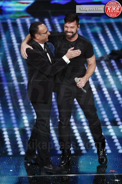 Carlo Conti, Ricky Martin - Sanremo - 08-02-2017 - Sanremo 2017: le foto della prima serata