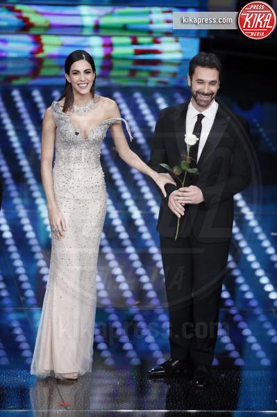Rocio Munoz Morales, Raoul Bova - Sanremo - 08-02-2017 - Sanremo 2017: le foto della prima serata