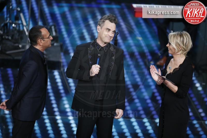Maria De Filippi, Carlo Conti, Robbie Williams - Sanremo - 08-02-2017 - Sanremo 2017: le foto della seconda serata