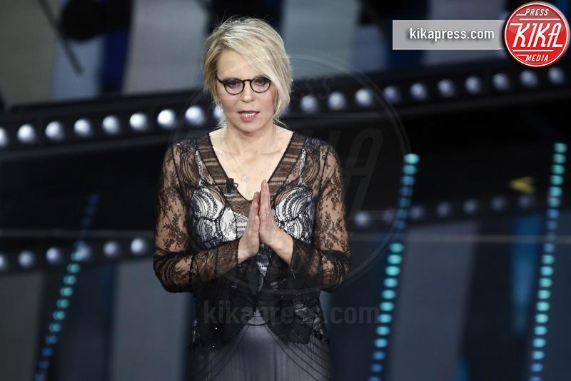 Maria De Filippi - Sanremo - 10-02-2017 - Sanremo 2017, tutte le emozioni della quarta serata