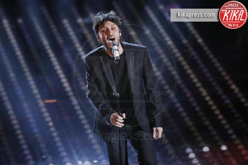 Fabrizio Moro - Sanremo - 11-02-2017 - Sanremo 2017, tutte le emozioni della quarta serata