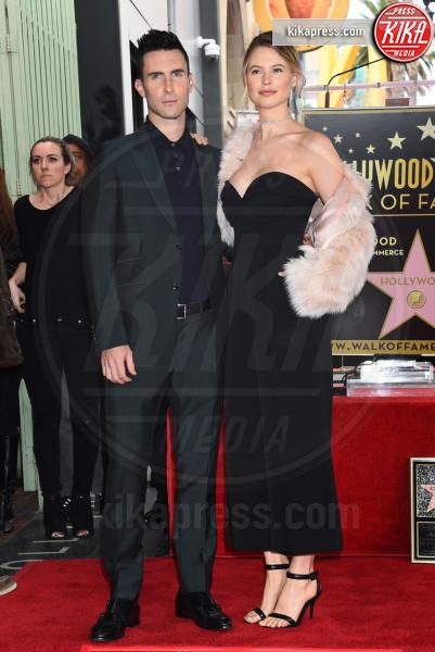 Behati Prinsloo, Adam Levine - Hollywood - 10-02-2017 - Adam Levine e Behati Prinsloo diventeranno genitori bis