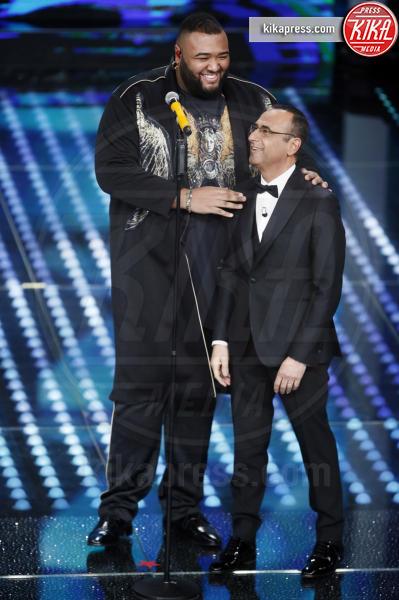 Sergio Sylvestre, Carlo Conti - Sanremo - 11-02-2017 - Sanremo 2017: le foto della serata finale