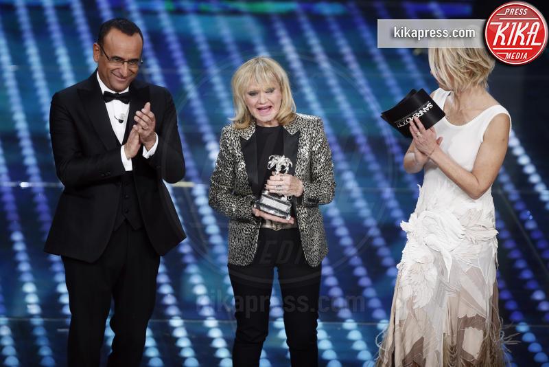 Rita Pavone, Maria De Filippi, Carlo Conti - Sanremo - 11-02-2017 - Sanremo 2017: le foto della serata finale
