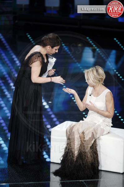 Geppi Cucciari, Maria De Filippi - Sanremo - 12-02-2017 - Sanremo 2017: le foto della serata finale