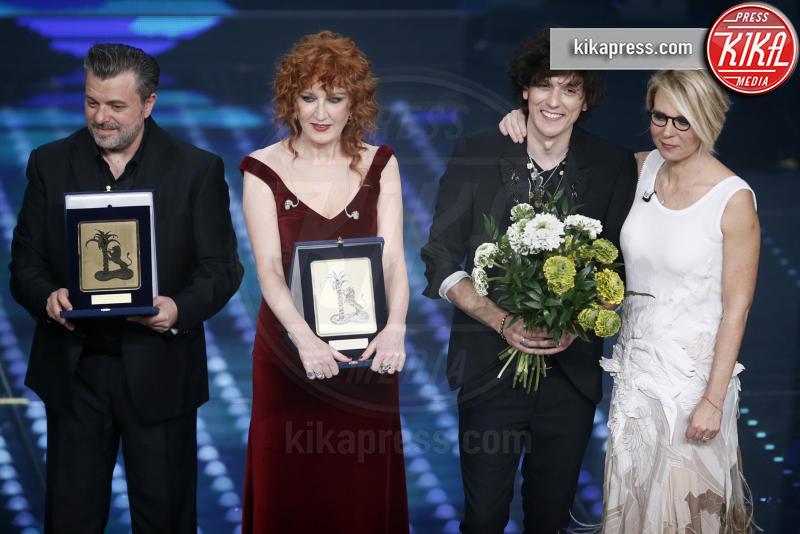 Ermal Meta, Maria De Filippi, Fiorella Mannoia - Sanremo - 12-02-2017 - Sanremo 2017: le foto della serata finale