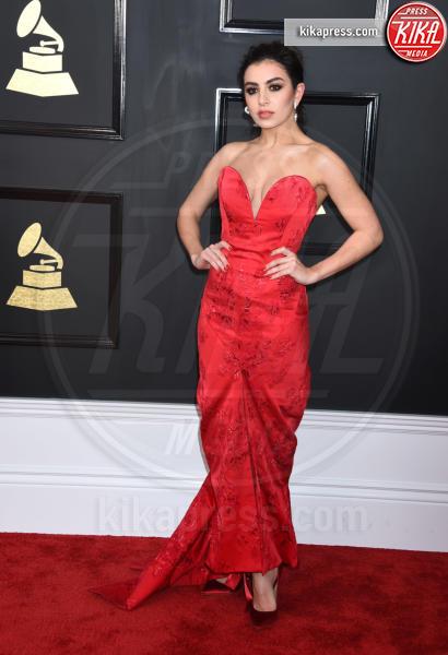 Charli XCX - Los Angeles - 12-02-2017 - Grammy Awards 2017: le dive prendono di petto il red carpet