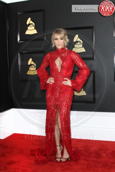 Carrie Underwood - Los Angeles - 12-02-2017 - Grammy Awards 2017: le dive prendono di petto il red carpet