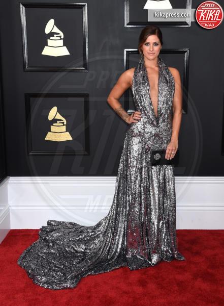 Cassadee Pope - Los Angeles - 12-02-2017 - Grammy Awards 2017: le dive prendono di petto il red carpet