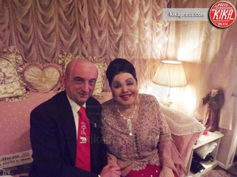 Giansisto Garavelli, Moira Orfei - Castelnuovo scrivia - 23-11-2013 - Giansisto Garavelli: il dottore che cura gli atleti del circo