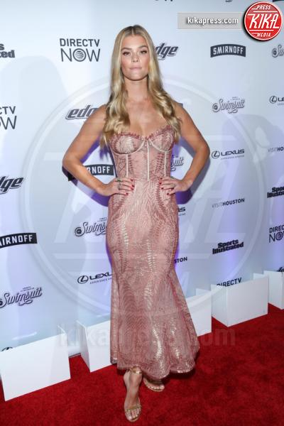 Nina Agdal - New York - 17-02-2017 - Sports Illustrated celebra le sue bellezze da copertina