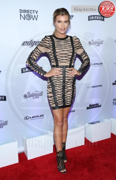 Samantha Hoopes - New York - 17-02-2017 - Sports Illustrated celebra le sue bellezze da copertina
