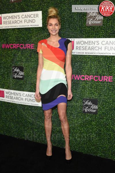 Jessica Hart - Beverly Hills - 16-02-2017 - Tom Hanks e Rita Wilson vivono Una serata indimenticabile