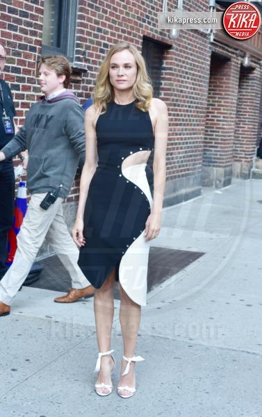 New York - 04-08-2016 - Chi lo indossa meglio? Gisele Bundchen e Diane Kruger