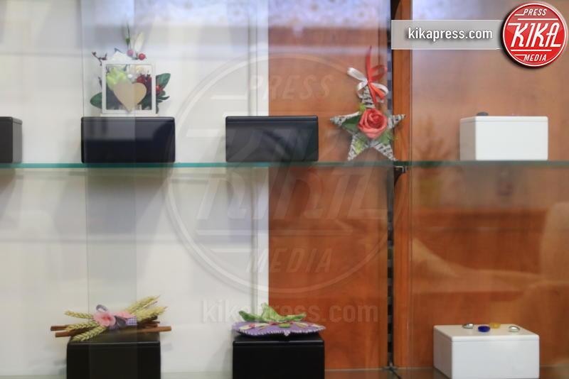 Urne - Genova - 21-02-2017 - Un funerale per l'ultima carezza all'animaletto di una vita