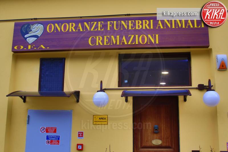 esterno - Genova - 21-02-2017 - Un funerale per l'ultima carezza all'animaletto di una vita