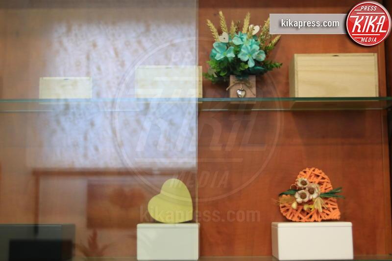 urna ceneri animale - Genova - 21-02-2017 - Un funerale per l'ultima carezza all'animaletto di una vita