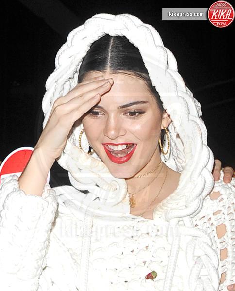 Kendall Jenner - Londra - 21-02-2017 - Grillz, la moda vip che non convince! Ostentazione o orrore?