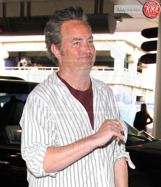 Matthew Perry - Los Angeles - 22-02-2017 - Paura per Matthew Perry: l'ex star di Friends è in ospedale