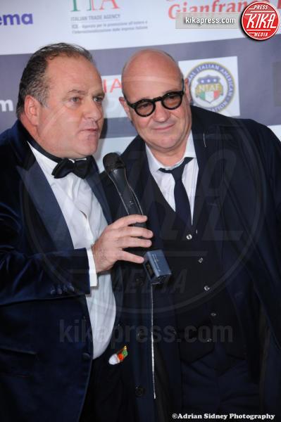 Gianfranco Rosi, Pascal Vicedomini - Hollywood - 24-02-2017 - LA Italia Fest: Gianfranco Rosi sul red carpet prima degli Oscar