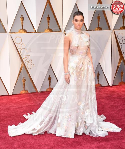 Hailee Steinfeld - Hollywood - 26-02-2017 - Oscar 2017: le dive 'metalliche' della kermesse
