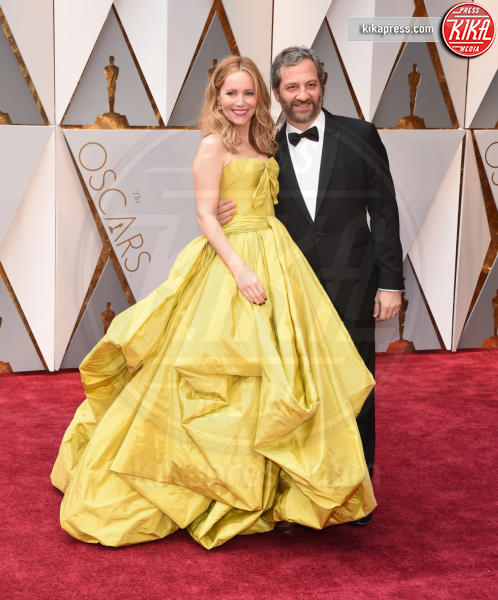 Judd Apatow, Leslie Mann - Hollywood - 26-02-2017 - Oscar 2017: le coppie sul red carpet