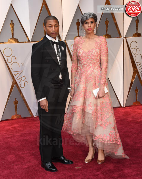Mimi Valdez, Pharrell Williams - Hollywood - 26-02-2017 - Oscar 2017: i protagonisti sfilano sul tappeto rosso