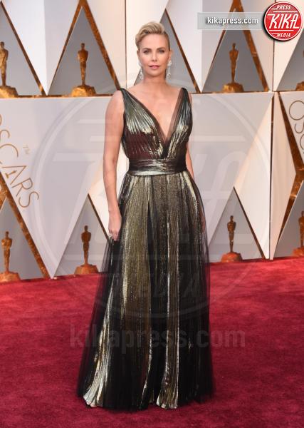 Charlize Theron - Hollywood - 26-02-2017 - Oscar 2017: le dive 'metalliche' della kermesse