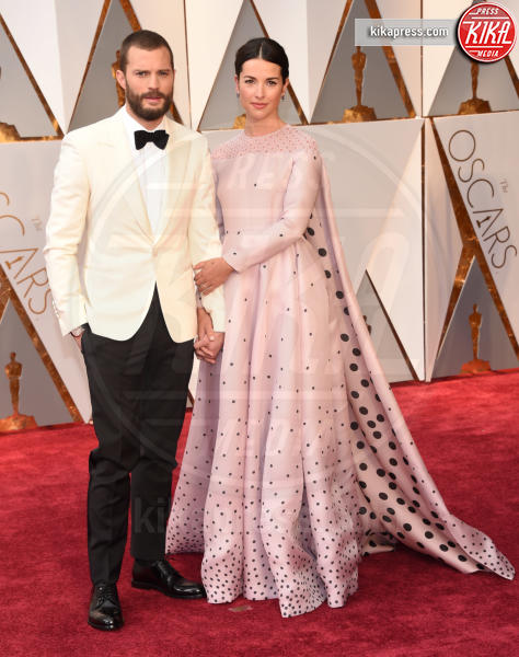 Amelia Warner, Jamie Dornan - Hollywood - 26-02-2017 - Oscar 2017: le coppie sul red carpet
