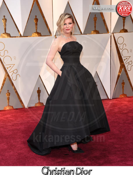Kirsten Dunst - Hollywood - 26-02-2017 - Oscar 2017, gli stilisti sul red carpet