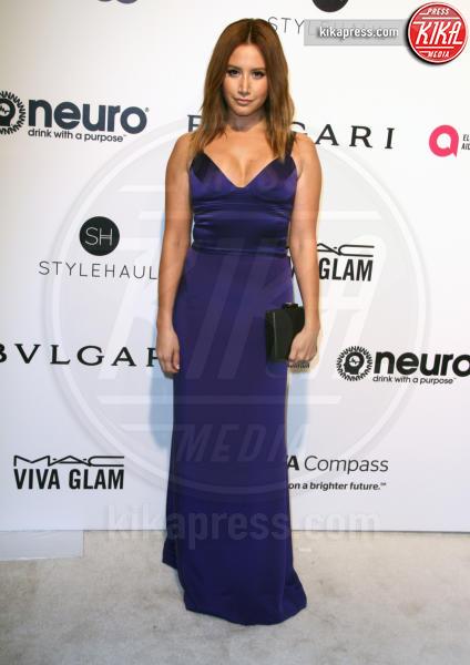 Ashley Tisdale - Los Angeles - 26-02-2017 - Oscar 2017: sexy spacchi e trasparenze al party di Elton John