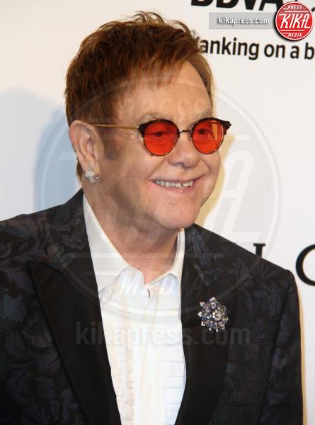 Elton John - Los Angeles - 26-02-2017 - Oscar 2017: sexy spacchi e trasparenze al party di Elton John