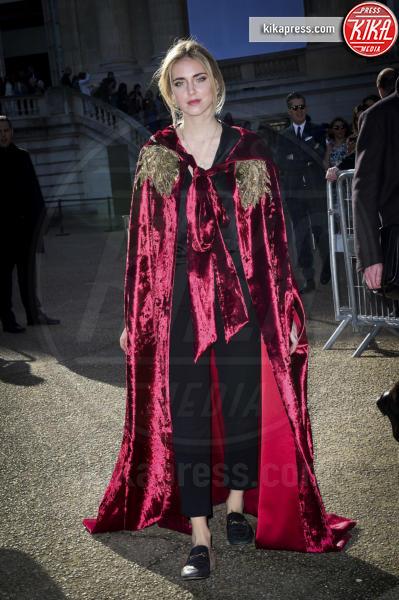 Chiara Ferragni - Parigi - 02-03-2017 - Bella Thorne , per il compleanno un must: il velluto!