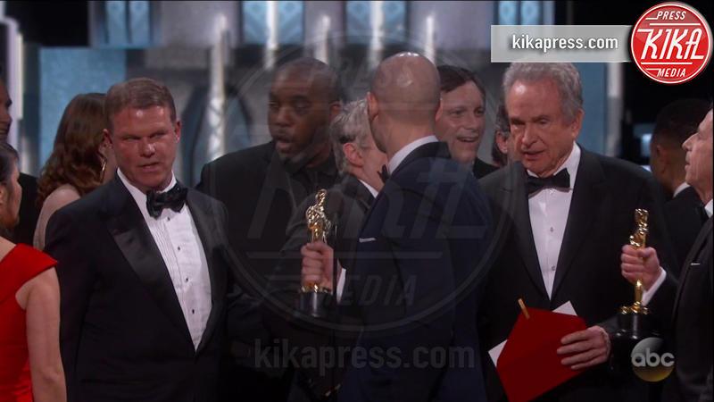 Brian Cullinan, Warren Beatty - Los Angeles - 26-02-2017 - Gaffe agli Oscar: ecco la foto del colpevole che... twittava!