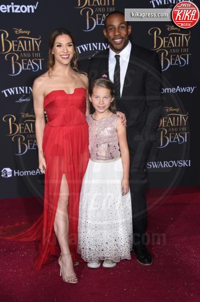 Stephen Boss, Allison Holker - Hollywood - 02-03-2017 - Emma Watson in nero alla première de La Bella e La Bestia