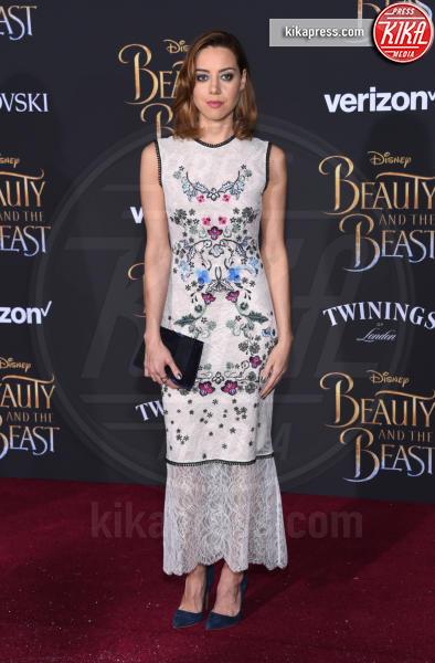 Aubrey Plaza - Hollywood - 02-03-2017 - Emma Watson in nero alla première de La Bella e La Bestia