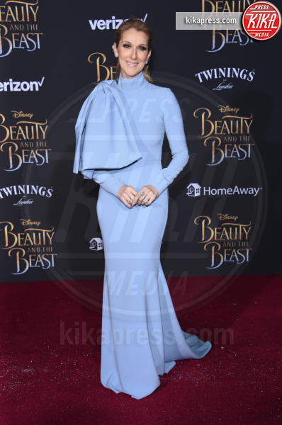 Celine Dion - Hollywood - 02-03-2017 - Emma Watson in nero alla première de La Bella e La Bestia