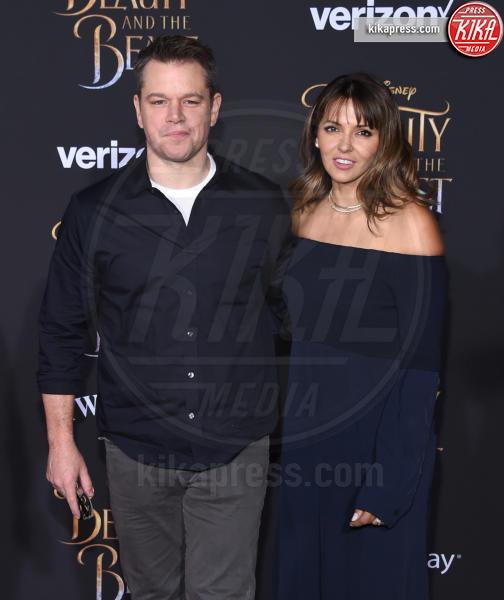 Luciana Barroso, Matt Damon - Hollywood - 02-03-2017 - Emma Watson in nero alla première de La Bella e La Bestia