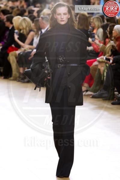 Sfilata Nina Ricci, Nina Ricci - Parigi - 05-03-2017 - Paris Fashion Week, Nina Ricci  sfila in passerella