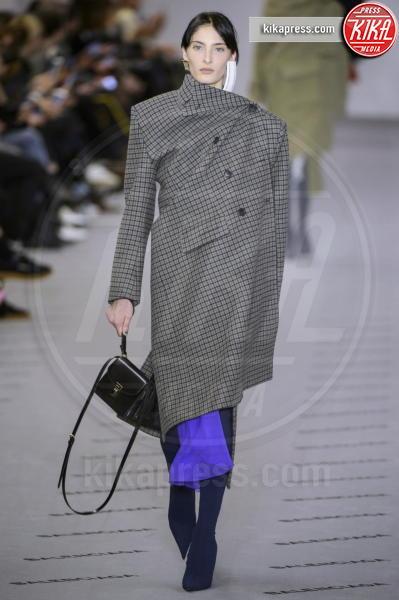 Sfilata Balenciaga - Parigi - 05-03-2017 - Paris Fashion Week: la sfilata di Balenciaga