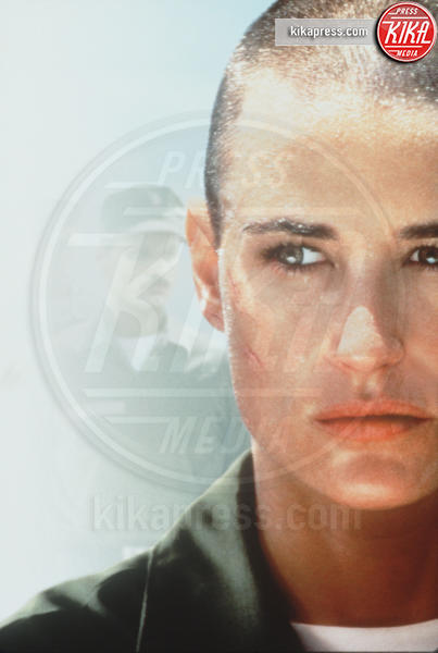 Demi Moore - Los Angeles - 22-08-1997 - Kristen Stewart ci ha dato un taglio... definitivo!