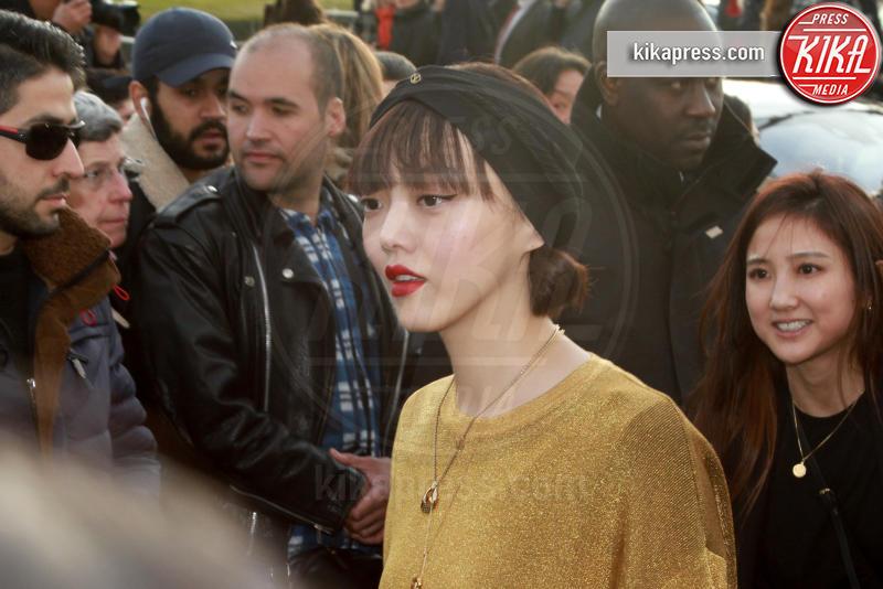 Rila Fukushima - Parigi - 07-03-2017 - Paris Fashion Week, la sfilata dei vip en plein air!