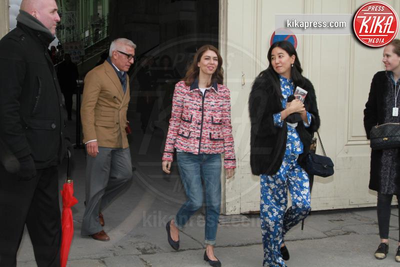 Sofia Coppola - Parigi - 07-03-2017 - Paris Fashion Week, la sfilata dei vip en plein air!