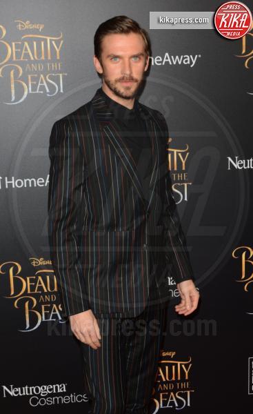 Dan Stevens - NYC - 14-03-2017 - Emma Watson, La Bella in nero alla première newyorchese