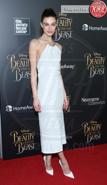 Mariah Strongin - New York - 13-03-2017 - Emma Watson, La Bella in nero alla première newyorchese