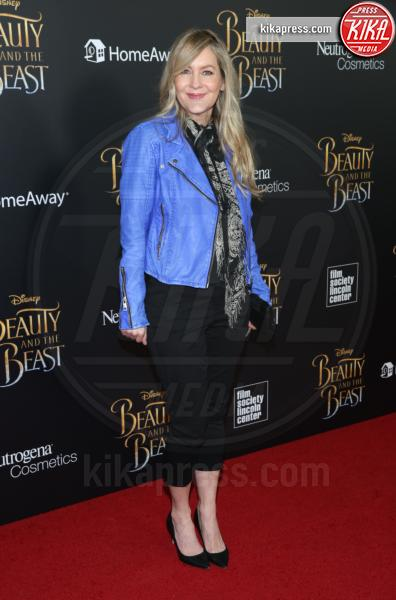 Linda Larkin - New York - 13-03-2017 - Emma Watson, La Bella in nero alla première newyorchese