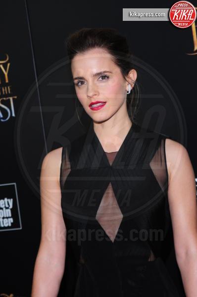 Emma Watson - NY - 13-03-2017 - Emma Watson, La Bella in nero alla première newyorchese